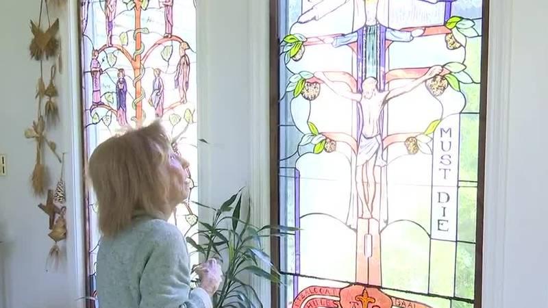 Aiken woman creates stories through splashed stained glass windows