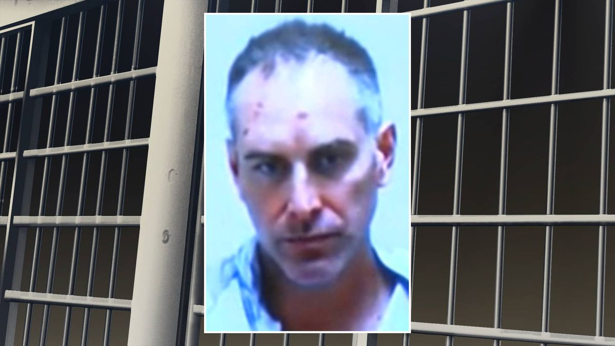 John Yurkovich faces meth charges after flight diverted to Charleston.