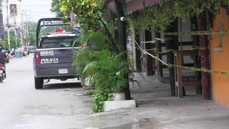 Shootout in Mexico tourist hub of Tulum between rival groups kills two in crossfire. (Source:...