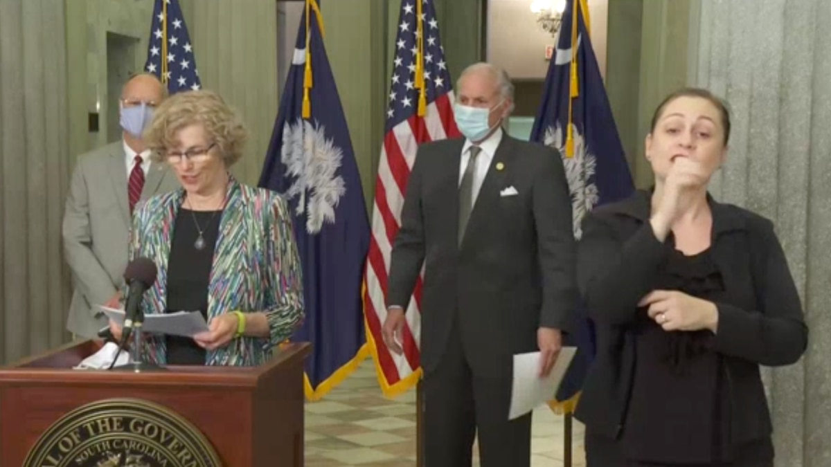 """Making his own version of the """"last call"""", South Carolina Gov. Henry McMaster has issued a new executive order prohibiting the sale of alcohol past 11 p.m."""