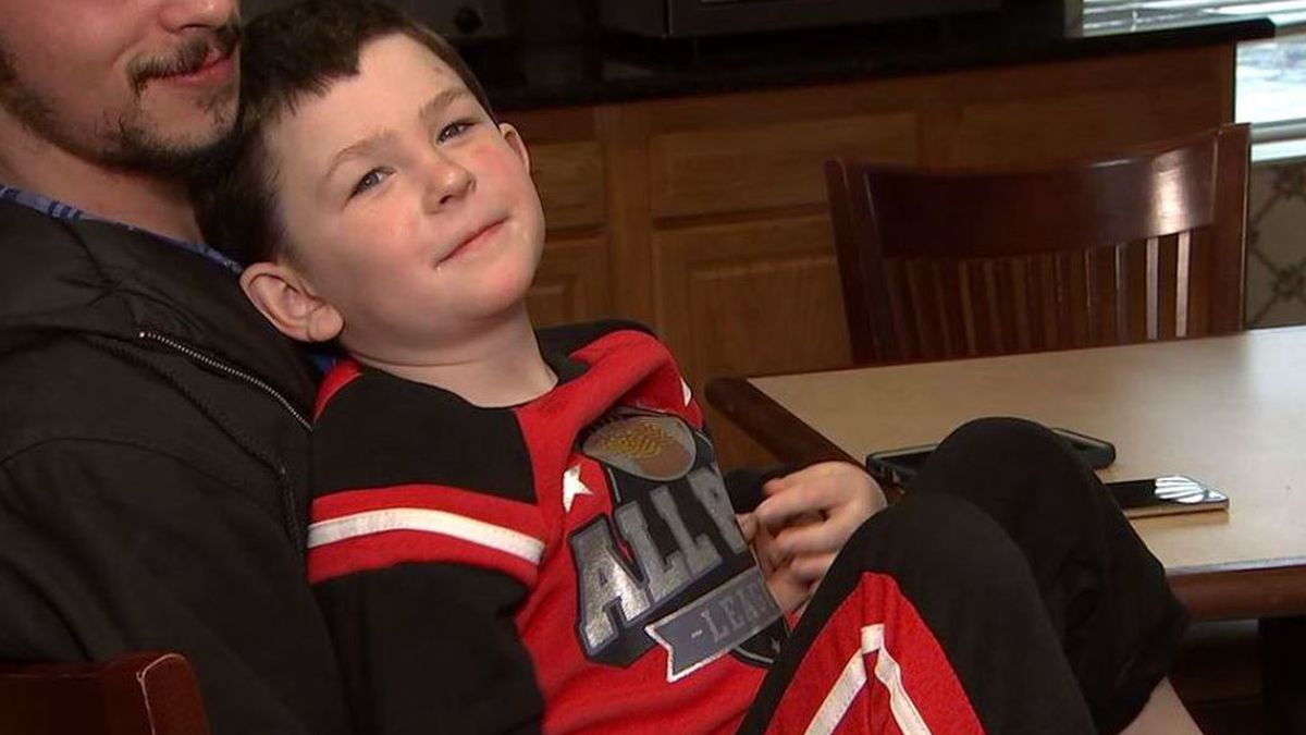 A 5-year-old boy in Georgia is being hailed as a hero after he saved himself, his little sister, and his dog from a house fire. Then he went to alert the rest of the family. (Source: CNN)