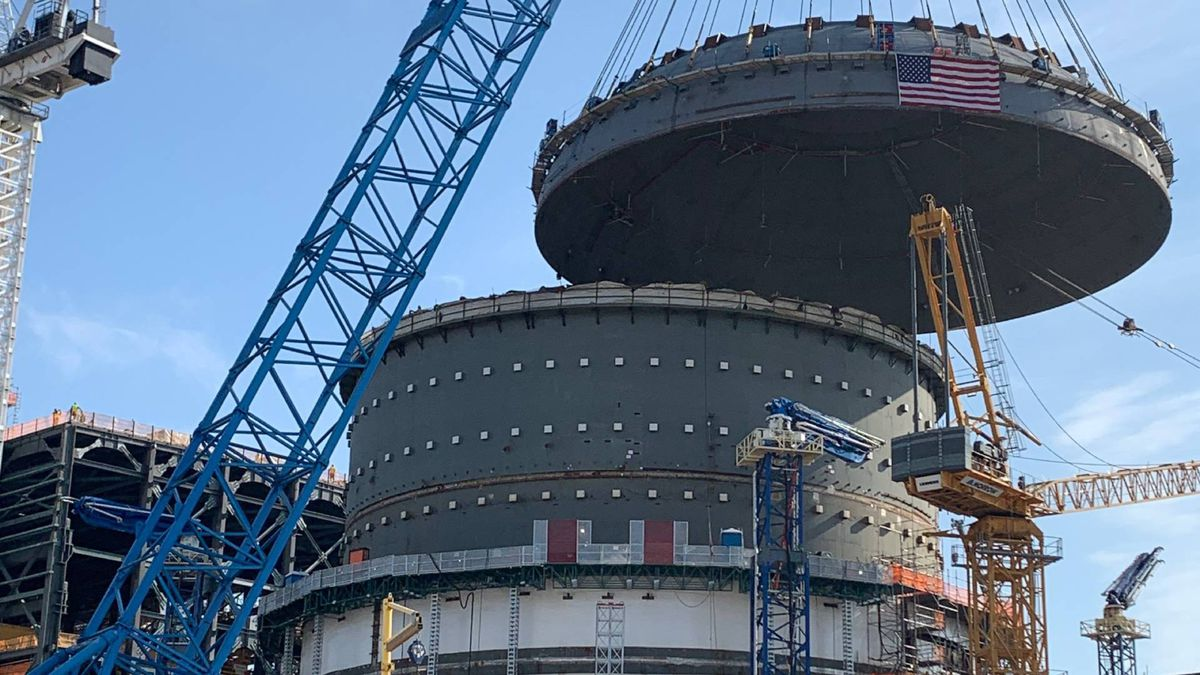 On March 27, 2020, crews at Plant Vogtle Unit 4 placed a steel containment vessel lid that weighs nearly 1.5 million pounds — more than two fully loaded jumbo jets.