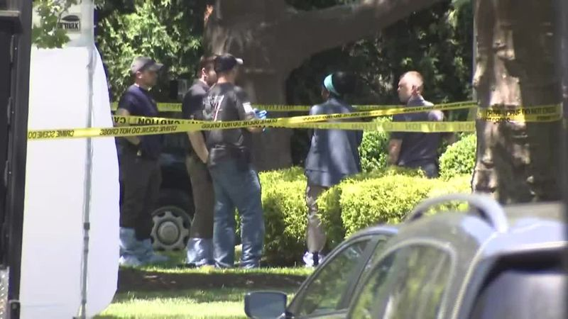 The shootout happened after FBI agents swarmed a New Jersey apartment complex, cornering the...