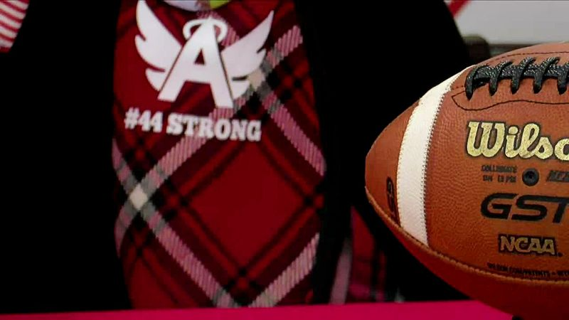 Local player wears '44' to honor his brother on Signing Day