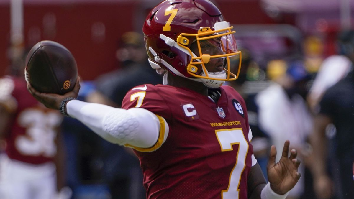 Washington Football Team quarterback Dwayne Haskins (7) throws the ball against the Philadelphia Eagles during first half of an NFL football game, Sunday, Sept. 13, 2020, in Landover, Md. (AP Photo/Susan Walsh)