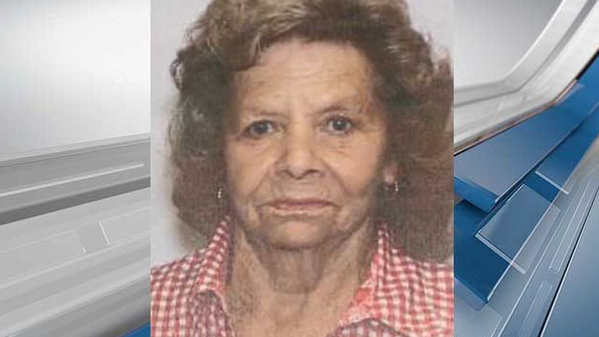 Betty Wolfe, 73, left her home on Russell Street in Holly Hill on Tuesday night with warning, police said. (Source: Holly Hill Police Dept.)