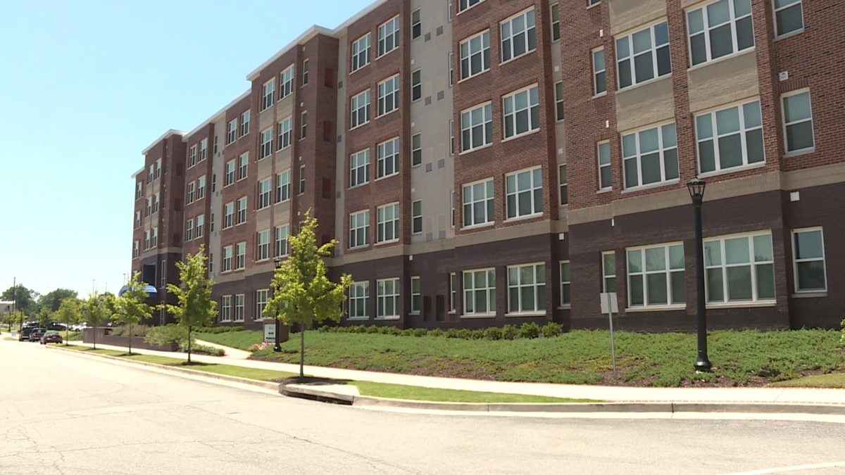 Students at Augusta University officially began moving in to their dorms Friday evening....