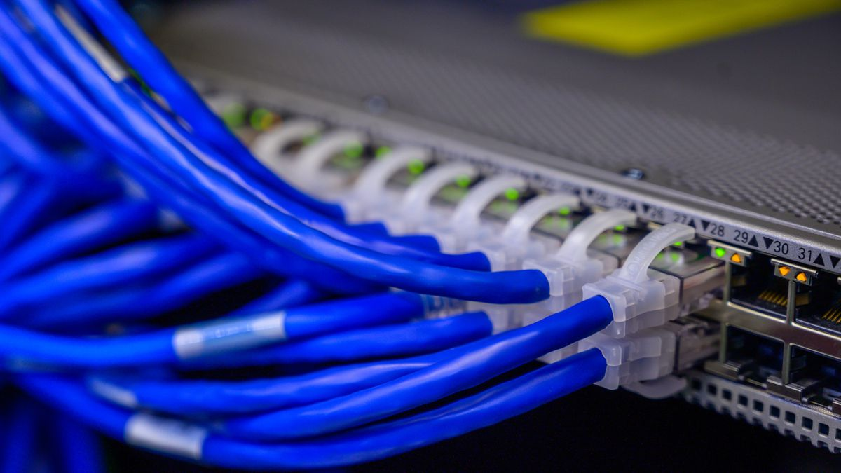 The siren's song of a government-owned broadband network is luring Oldham County to a potential...