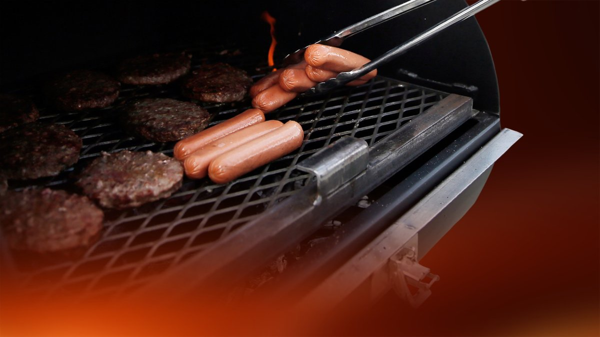 Grilling and preparing food safely this Memorial Day weekend