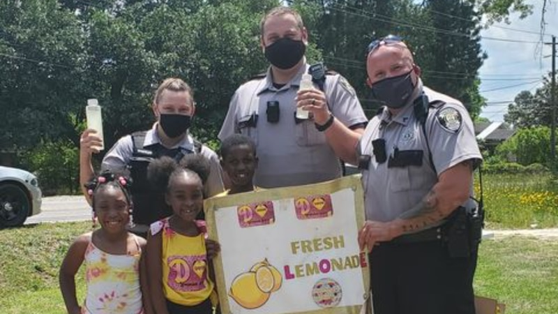 Richmond County deputies stop by a local lemonade stand