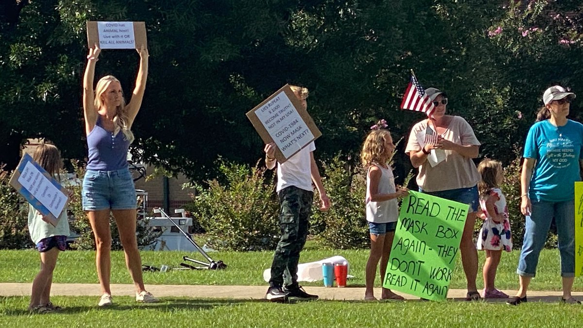 Columbia County mask protest