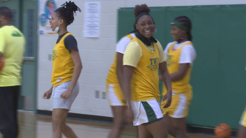 The Eagles are all smiles ahead of their state championship game against Fannin County.